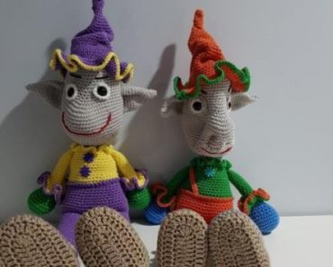 Amigurumi Crochet Christmas Elf Pattern | Supergurumi | 297x370